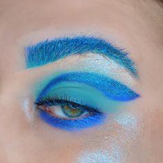 I'm blue da ba dee. 🎶💙 ⠀⠀⠀⠀⠀⠀⠀⠀⠀⠀⠀⠀⠀ ⠀⠀⠀⠀⠀⠀⠀⠀⠀⠀⠀⠀⠀ 𝔓𝔯𝔬𝔡𝔲𝔠𝔱𝔰 profiltr concealer supreme frost in… Concealer, Supreme, Frost, Eye Makeup, Eyes, Blue, Instagram, Products, Makeup Eyes