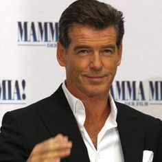 Pierce Brosnan Hairstyle, Makeup, Suits, Shoes and Perfume.