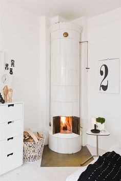 cozy corner in lotta agaton's home • via bodie & fou