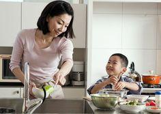 Cách người Nhật Bản dạy con kỹ năng sống  là gì? Chúng ta sẽ cùng nhau tìm hiểu cách mà các ông bố bà mẹ Nhật dạy con như thế nào nhé. Là m...