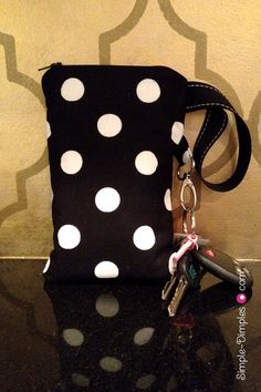 DIY Wristlet pouch with card slots that fits checks/iphone, etc.