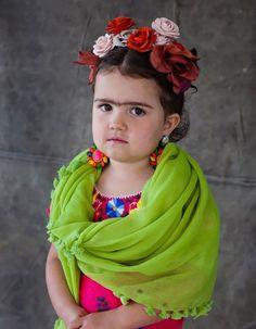 creative toddler halloween costumes Frida Kahlo costume DIY halloween costume girls
