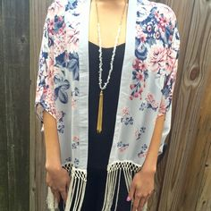 Abercrombie & Fitch Floral Kimono - one size Perfect layering piece for spring and summer. Throw it over your favorite plain tank and jeans or wear it with cutoffs for a boho look. Abercrombie & Fitch Sweaters Cardigans