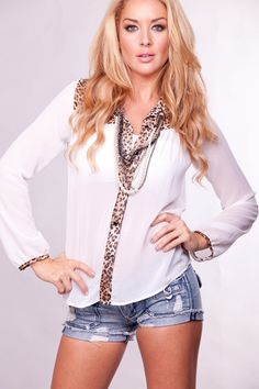 Love the leopard collar and edging ... change up sleeves however.