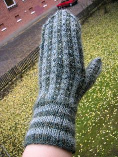 Copy of a collected Mitten. Maker Unknown.