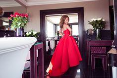 Marjorie Harvey Modeling Red Dress in Lavish Bathroom High Low Prom Dresses, Grad Dresses, Homecoming Dresses, Formal Dresses, The Lady Loves Couture, Love Couture, Vintage Couture, Red Satin Dress, Satin Dresses