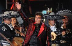 Juan Gabriel guarda reposo en Las Vegas: http://www.eluniverso.com/vida-estilo/2014/04/21/nota/2804896/juan-gabriel-guarda-reposo-vegas #JuanGabriel #Cantante #Artista #Musica