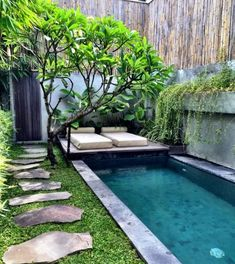 Garden pool - here you can enjoy your swimming pleasure right on .- Garden pool design for the backyard and fancy garden path - Small Swimming Pools, Small Pools, Swimming Pools Backyard, Swimming Pool Designs, Small Backyards, Small Backyard Design, Backyard Garden Design, Small Backyard Landscaping, Backyard Ideas