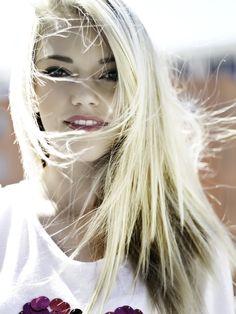 pyper america, model, blond