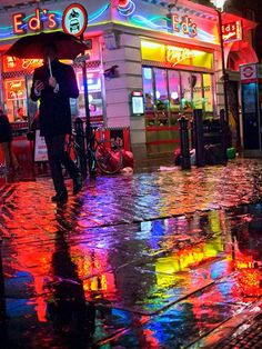 Soho London: Street Photography Color Rainy Diner Americana Photo Print Neon Light City night Reflections Colours Puddle - Photography, Landscape photography, Photography tips London Street Photography, Urban Photography, Night Photography, Color Photography, Nature Photography, Neon Lights Photography, Colourful Photography, A Level Photography, Building Photography