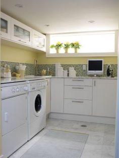 Laundry rooms and mudrooms - mylusciouslife.com - Sarah's House - season 2 - laundry