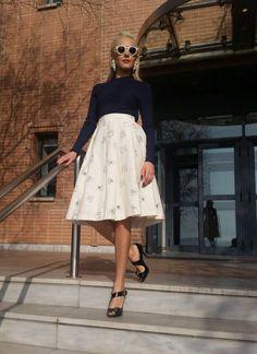 Lace Skirt, Midi Skirt, Celebrity Style, Celebrities, Skirts, Fashion, Moda, Midi Skirts, Skirt
