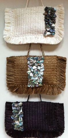 Picture Flax Weaving, Maori Designs, Maori Art, Kiwiana, Bone Carving, Moka, All Things, Textiles, Bear