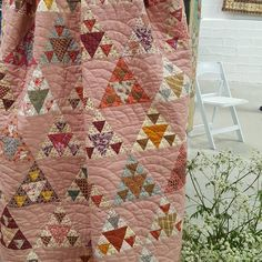 EDITED- see comment below by It is indeed Panama Pyramids by Renee Ferre. I can't find the name of this one but some of you will be able to help? From exhibition of her quilts at Cowslip Workshops. Country Quilts, Amish Quilts, Old Quilts, Antique Quilts, Scrappy Quilts, Small Quilts, Vintage Quilts, Pink Quilts, Baby Quilts