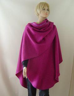 Capes & Ponchos - Cape Poncho Merino magenta - ein Designerstück von hofatelier-mode bei DaWanda