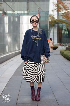 She'd wear a sweatshirt to Kid Camp, like Kristy suggested. Fine. But she'd wear it her way. Kishi can't be tamed.
