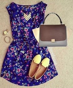 Love but different shoes and purse.. maybe sunglasses, different light pink flats, and a clutch...