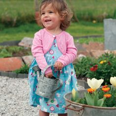 Frugi Sommerkleid Huhn hellblau - Zauberhaftes Sommerkleid in Hellblau für die Kleinsten #Babymode #Babykleid
