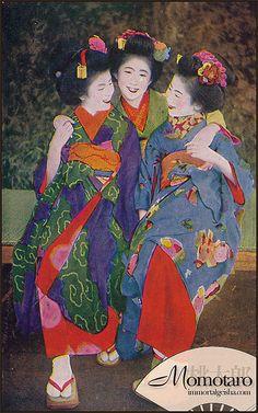 Momotaro - Taisho Era Maiko by Naomi no Kimono Asobi Japanese Geisha, Vintage Japanese, Japanese Art, Japanese Textiles, Japanese Prints, Taisho Era, Taisho Period, Old Pictures, Old Photos