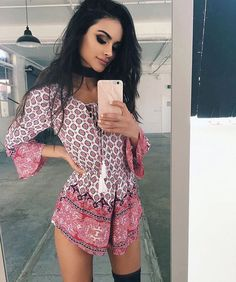 Sophia Miacova// Hi. I'm Keeli, and I'm I love teasing the guys with my looks and whatever. If you mess with me, you'll be in the hospital. Hipster Grunge, Looks Style, My Style, Moda Boho, Gianni Versace, Moda Fashion, Overall, Fashion Killa, Well Dressed