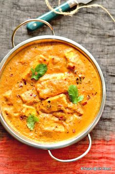 This rich royal Cottage cheese curry from Mughlai cuisine is pure indulgence. Pair it up with Naan or cumin rice Stir Fry Recipes, Milk Recipes, Curry Recipes, Vegetarian Recipes, Cooking Recipes, Healthy Recipes, Veg Recipes, What's Cooking, Recipies