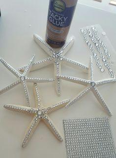 Cheap And Easy DIY Coastal Christmas Decorations Ideas (18)