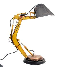 Details about Desk Lamp Loft Excavator tin tinplate metal model handmade – Top Trend – Decor – Life Style Industrial Interior Design, Industrial Interiors, Wood Concrete, Car Furniture, Lamp Makeover, Metal Models, Led Lampe, Tin Toys, Desk Lamp