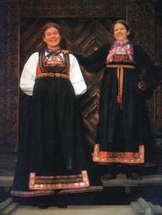 FolkCostume&Embroidery: Overview of Norwegian Costumes, part The eastern heartland Costumes Around The World, Folk Costume, Heartland, Ethnic Fashion, Old And New, Norway, Two By Two, Sari, Europe