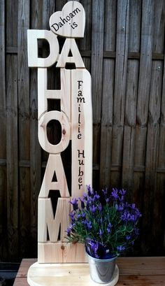 Dahoam Holz Stele m Herz Willkommen Buchstabe Dahoam Holz Stele m Herz Willkommen Buchstabe Craft Stick Crafts, Wood Crafts, Diy And Crafts, Woodworking Projects Plans, Teds Woodworking, Craft Show Displays, Christmas Wood, Wooden Pallets, Wood Wall Art