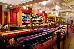 fabric store in Paris Tissus Reine 3-5, Place St Pierre, 75018 Paris Métro Anvers / Abbesses