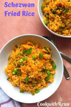 Veg Schezwan Fried Rice is an Indo chinese dish where the rice is cooked along with spicy schezwan sauce, soya sauce, vinegar and and loads of vegetables. Side Dish Recipes, Rice Recipes, Side Dishes, Twice Cooked Pork, Chinese Vegetables, Best Dinner Recipes, Popular Recipes, Chinese Cabbage, Food Preparation