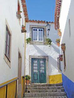 White, yellow and blue ♦ Obidos, #Portugal | by Dani