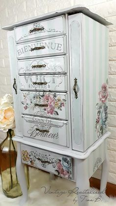 A beautiful jewelry cabinet here. They used the Fuchsia Sunset Transfer for this … - Creative Upcycled Furniture Fast Furniture, Furniture Logo, Furniture Makeover, Painted Furniture, Furniture Design, Furniture Market, Steel Furniture, Furniture Layout, White Furniture