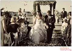 Wedding photography. Wedding ceremony in Castle Hill, Newport, RI