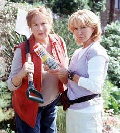 Competitors of Midsomer for most murders on each episode! ---> Rosemary and Thyme, with Pam Ferris and Felicity Kendal, 2003-6