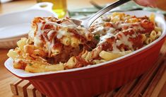 Better Baked Ziti - This easy pasta casserole is sure to become a classic in your household. It's an Italian dish worth making again and again.opt w gluten free pasta Baked Pasta Dishes, Italian Pasta Dishes, Baked Pasta Recipes, Cooking Recipes, Baked Food, Chef Recipes, Vegetarian Recipes, Pasta Casserole, Pasta Bake