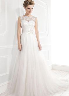 Ellis Bridals 19033 available at Limelight Occasions. #ellisbridals #limelightoccasions #tulledress #keyholeback #bridal #weddingdress #wedding