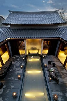 [Chinese classical Chinese courtyard mansion --- Hall] is located in a . Chinese Interior, Asian Interior, Patio Interior, Ancient Chinese Architecture, Asian Architecture, Space Architecture, Futuristic Architecture, H Design, Roof Design