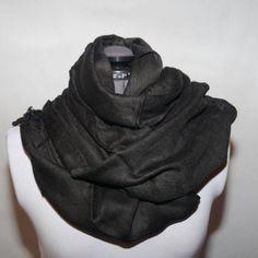 #sjal 199:- @ http://decult.se/store/products/viskossjal-svart-2