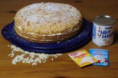 Das perfekte Saftige Milchmädchen-Sahne-Torte-Rezept mit einfacher Schritt-für-Schritt-Anleitung: Eigelbe mit der Hälfte des Zuckers und Vanillezucker…