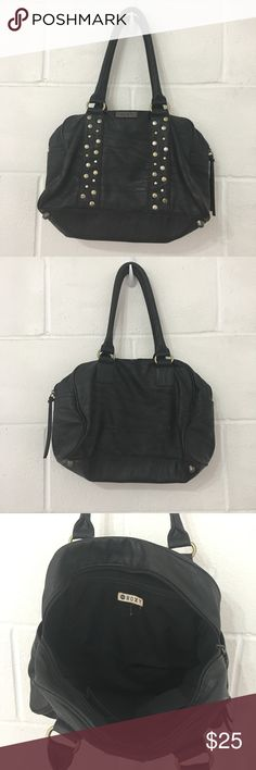 Roxy Leather Shoulder Bag It has a slight marks and scratches, very good condition as pictured Roxy Bags Shoulder Bags