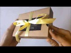Caixa convite para padrinhos de casamento *Mensagem interativa é revelada ao puxar cartão!* | Love to Keep