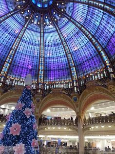 Galleries Lafayette Paris shopping district