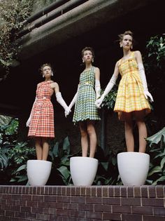 """""""Belles Plants"""" For numero October 2015 models: clementine deraedt (supreme), shanna jackway (women) and eliza thomas (lions) photographer: michal pudelka stylist: irina marie (artsphere) hair: ali pirzadeh (clm) make-up: sharon dowsett (clm) Foto Fashion, High Fashion, Womens Fashion, Editorial Photography, Fashion Photography, Photography Ideas, White Photography, Walmart Photography, Computer Photography"""