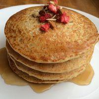 Aprende a preparar pancakes de avena con esta rica y fácil receta.  Antes de realizar estos pancakes deliciosos, el primer paso es alistar todos los ingredientes. En...