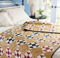 Arrange 100 Shoo Fly blocks on point to make this rich, autumnal throw. Fall Sewing Projects, Quilting Projects, All People Quilt, American Patchwork And Quilting, Rustic Quilts, Picnic Quilt, Fall Quilts, Easy Quilt Patterns, Green Quilt