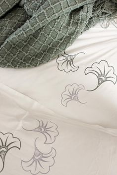 Loving this duvet for Spring time! Flowers, texture, and colors! :)