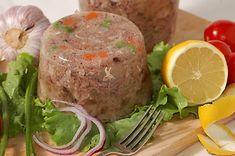 Domácí sulc (huspenina) připravená při domácí zabijačce. Charcuterie, Mashed Potatoes, Protein, Recipies, Turkey, Low Carb, Beef, Ethnic Recipes, Whipped Potatoes