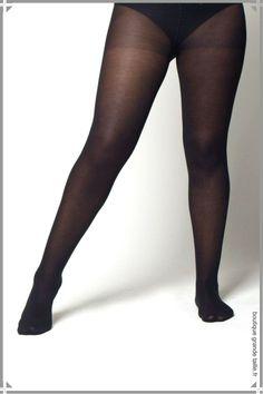 Paire de collant confort noir femme ronde marque Levée haut de gamme.