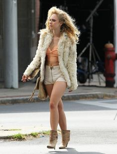 Juno Temple Films 'Black Mass' - Pictures - Zimbio Sport Tv, Juno Temple, Angry Girl, Black Mass, Woman Movie, Celebs, Celebrities, Style Guides, Fashion Beauty